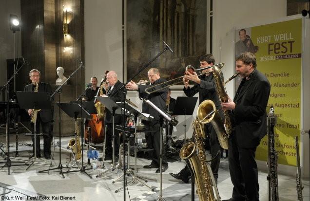 Friedhelm Schönfeld & Jazzwerkstatt Orchester - Kurt Weill Fest Dessau 2009