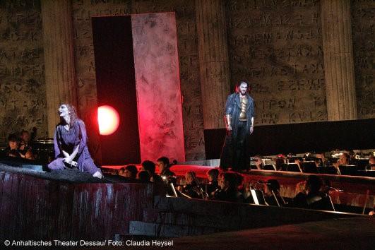 Ulf Paulsen und KS Iordanka Derilova zur Premiere Elektra am Anhaltischen Theater Dessau Mai 2009