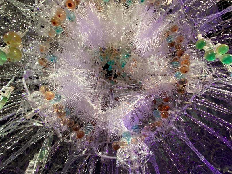 """Die """"Noosphere"""" des kanadischen Künstlers und Architekten Philip Beesley im FUTURIUM in Berlin."""